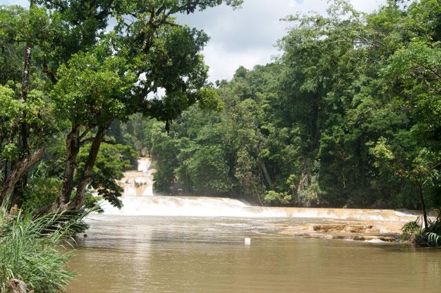 02. El rio