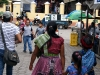 12. vestimenta tipica en las calles de Antigua