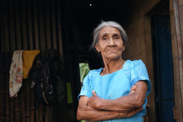 28 Anciana Ataco