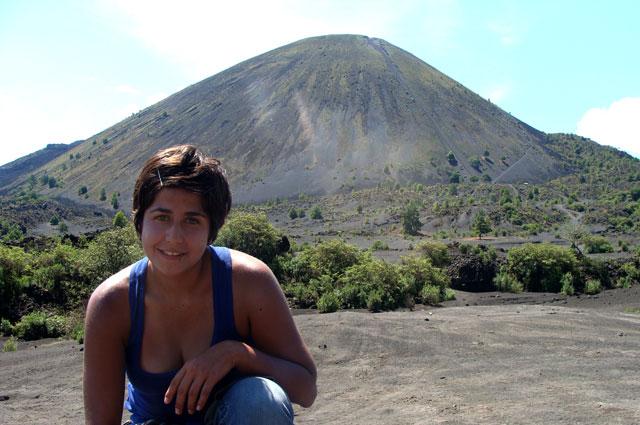 En los pies del volcán Paricutín