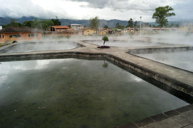 11.Banos-del-Inca