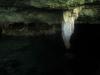 Formaciones rocosas en el cenote