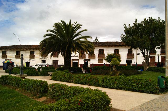 02.Plaza-Chachapoyas