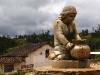 15.Escultura-plaza-Huancas