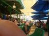 Entre restaurantes en playa Médano