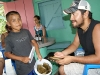 39. Nino vende tamales