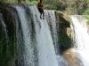 09. Saltando la cascada