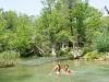16. Banandonos en el rio
