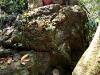 07 Altar y tumba entre las piedras