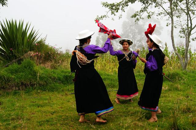 47.Grupo_de_danza_Sisay_en_Namarin