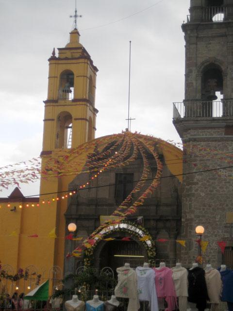08. La iglesia adornada