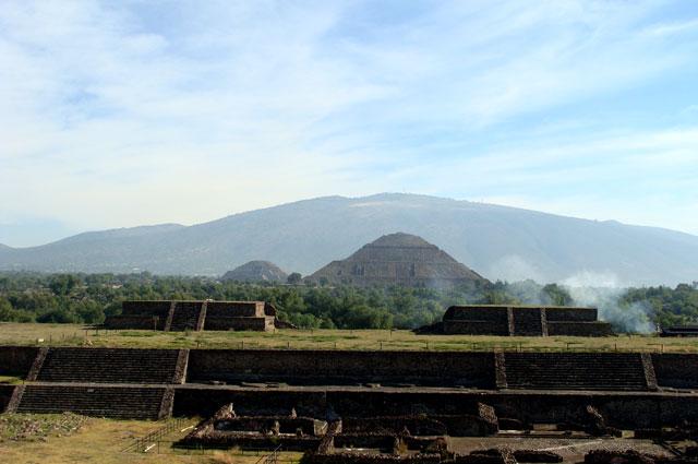 01 Ciudadela y piramide del sol