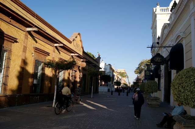 Zona peatonal y comercial