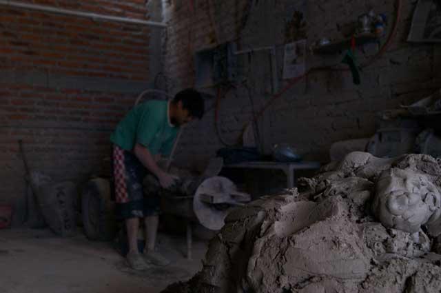 Preparando la mezcla de cerámica