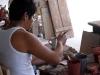 Antes del horno se pintan las piezas